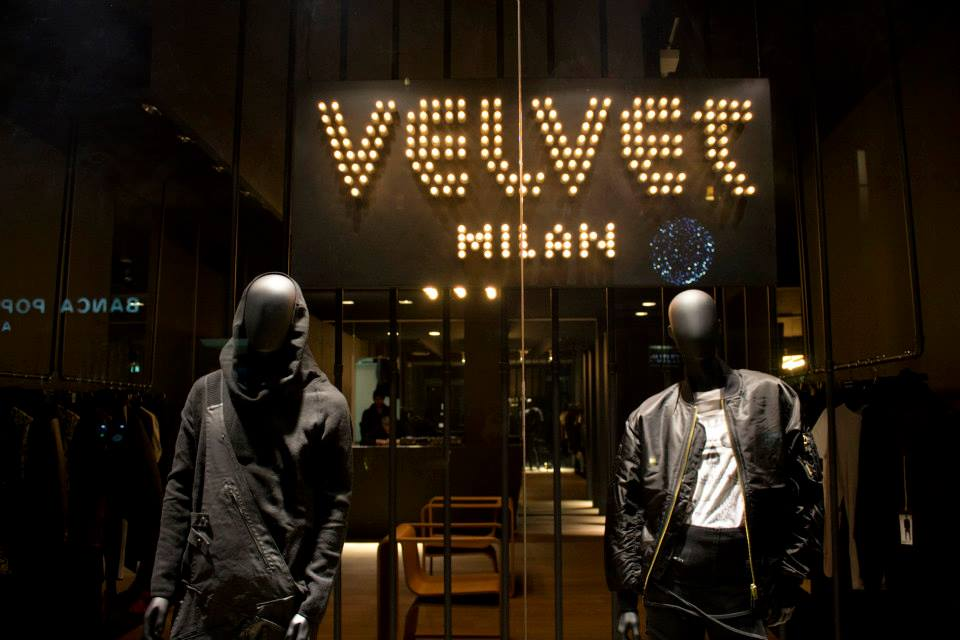 Milano Velvet shop interior design by Altridea Milano